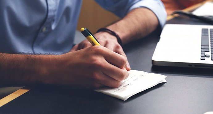 importance of writing medical website blog